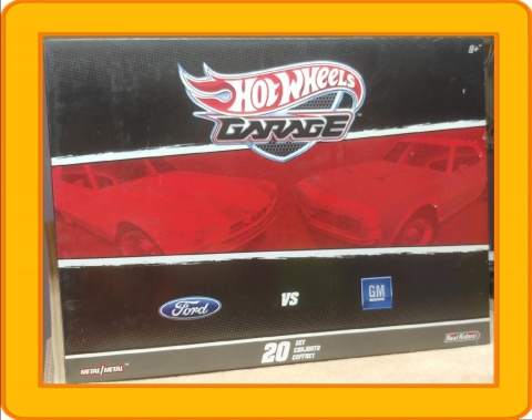 Hot Wheels Garage 20 Car Set 2011